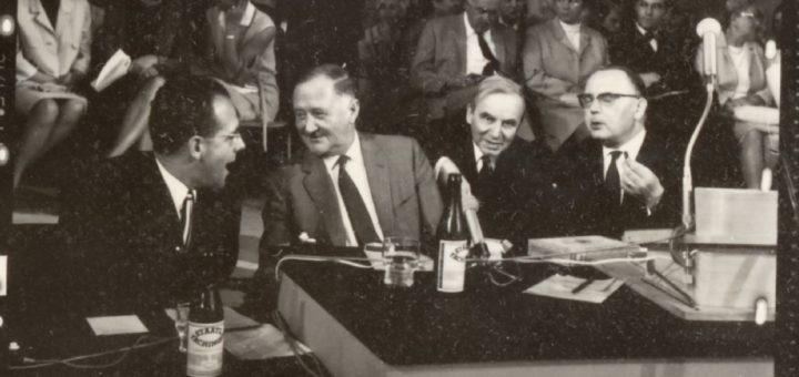"""Podium des Darmstädter Gesprächs """"Der Mensch und seine Zukunft"""", 1966, Foto: Peter Ludwig, StadtA DA Best. 53 Nr. 3692"""